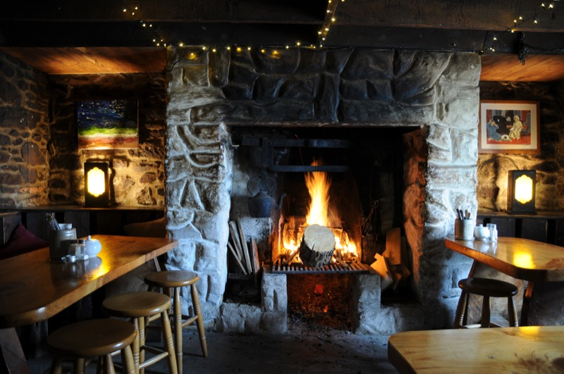 Cosy Fire in Ashes (Food and Drink)